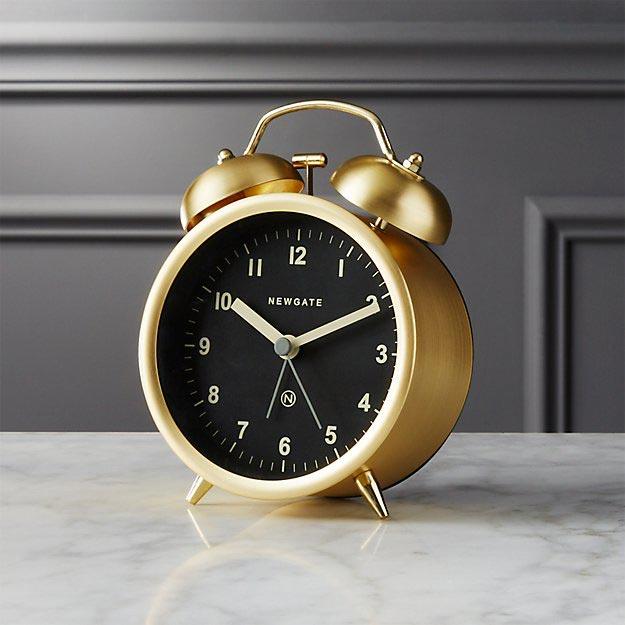 یک ساعت عقربه ای زنگدار بخرید